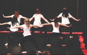 LSS Dance students prepare for the Evening of Dance!